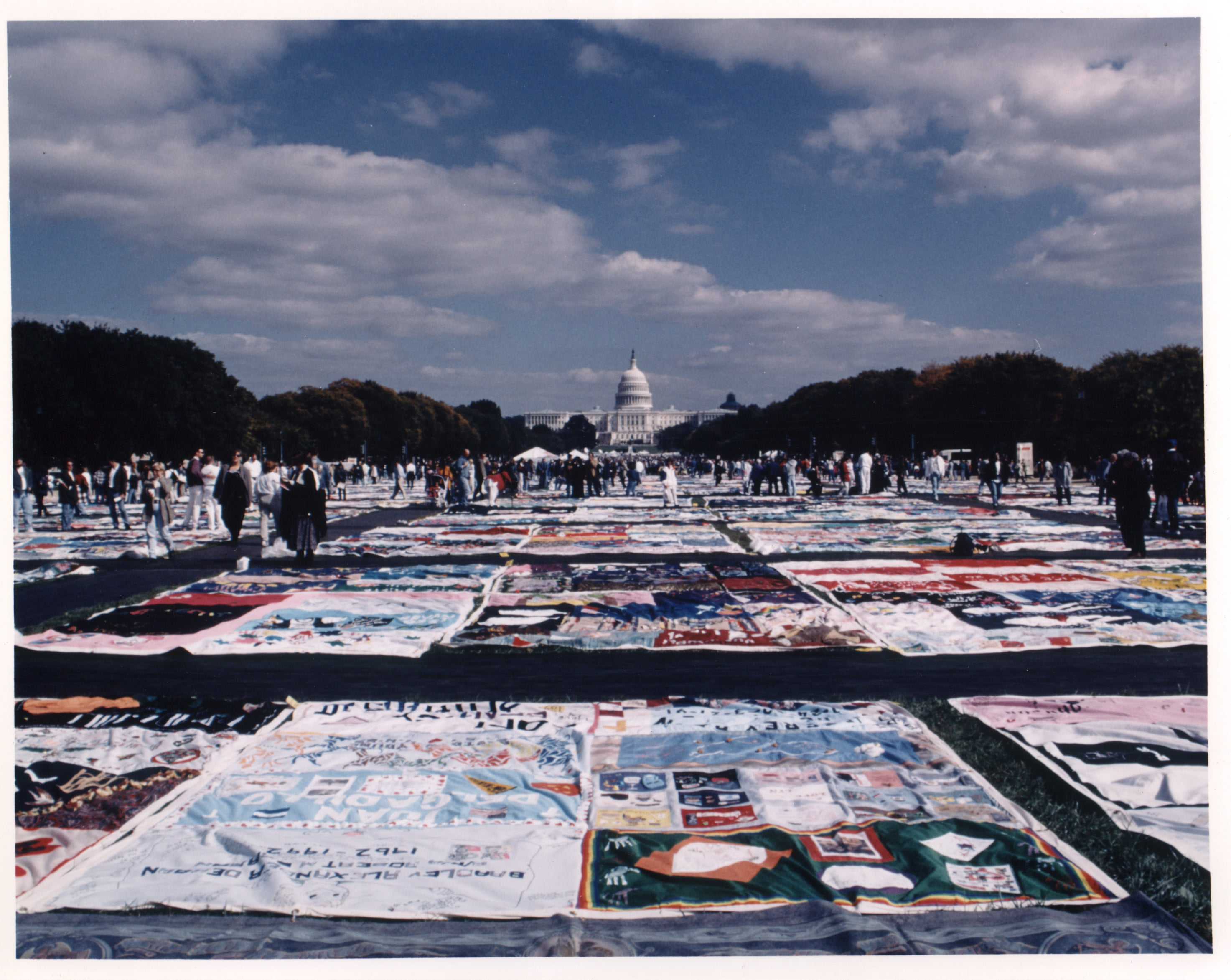 THE MOSAIC PROJECT OF SOUTH TEXAS & COASTAL BEND WELLNESS FOUNDATION TO HOST AN EXHIBITION OF THE NOBEL PRIZE NOMINATED AIDS MEMORIAL QUILT SUNDAY, DECEMBER 1—FRIDAY, DECEMBER 6